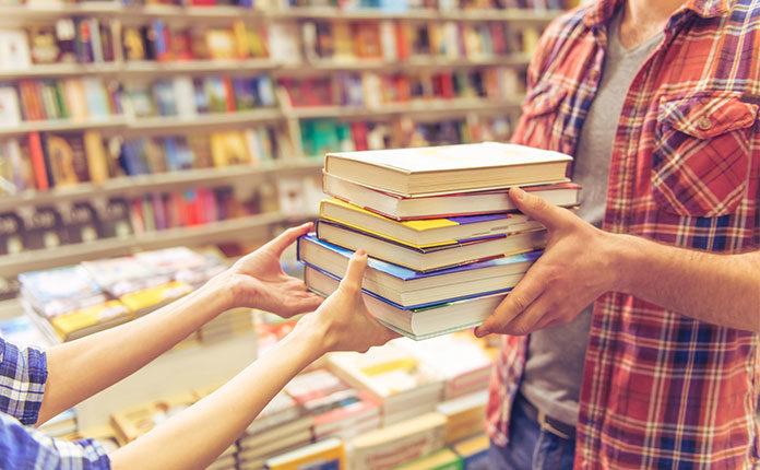 где можно продать старые книги